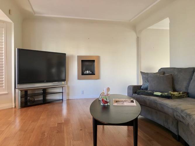 5 Bedrooms House for Rent in  Halley ave, Burnaby, BC - 5