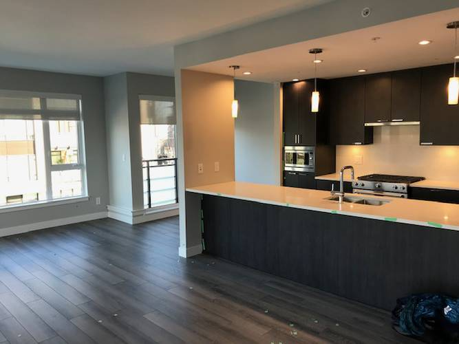 2 Bedrooms Apartment for Rent in The  Modena, 4289 Hastings St, Burnaby, BC - 3