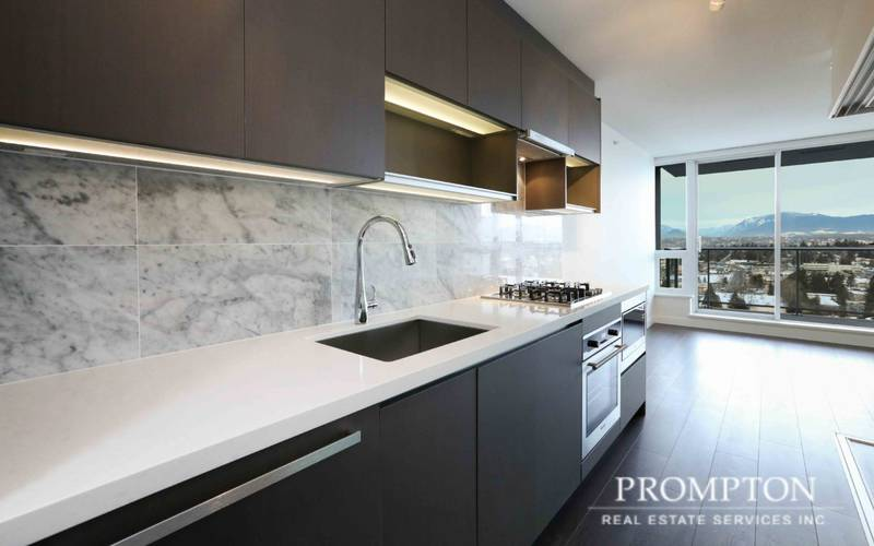 Studio Apartment for Rent in Park Avenue East, 13750 100th Avenue, Surrey, BC - 3