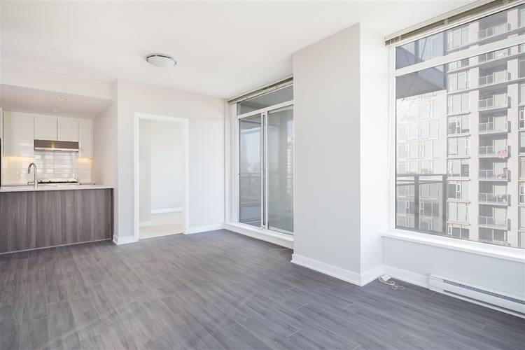 2 Bedrooms Apartment for Rent in Park, 4900 Lennox Lane, Burnaby, BC - 14
