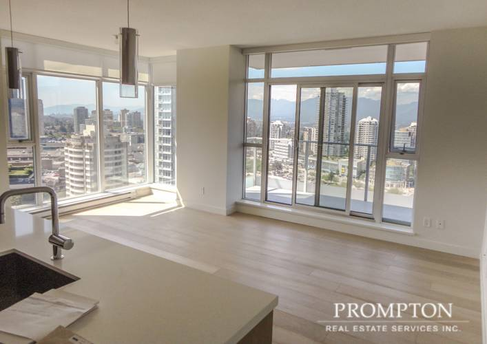 2 Bedrooms Apartment for Rent in The Met 1, 6588 Nelson Ave, Burnaby, BC - 7