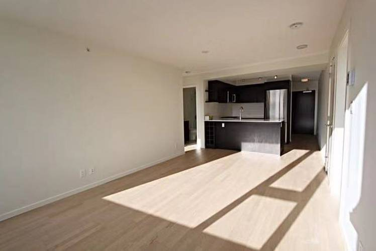 2 Bedrooms Apartment for Rent in Quintet Tower D, 7788 Ackroyd Road, Richmond, BC - 3