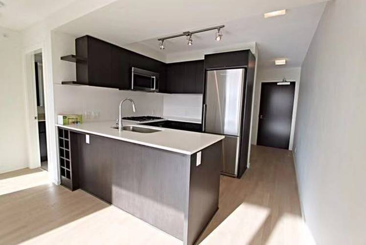 2 Bedrooms Apartment for Rent in Quintet Tower D, 7788 Ackroyd Road, Richmond, BC - 4