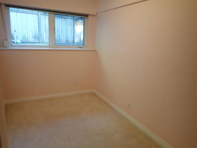 3 Bedrooms House for Rent in Bracknell Pl,  1262 Bracknell Pl, North Vancouver, BC - 3
