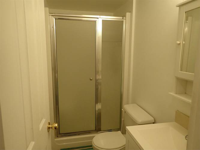 3 Bedrooms House for Rent in Bracknell Pl,  1262 Bracknell Pl, North Vancouver, BC - 5