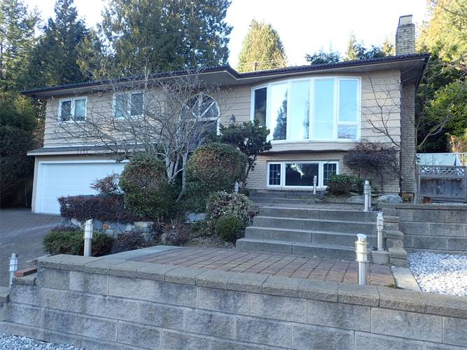 3 Bedrooms House for Rent in Bracknell Pl,  1262 Bracknell Pl, North Vancouver, BC - 1