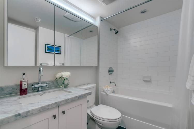 2 Bedrooms Apartment for Rent in The Beasley, 888 Homer Street, Vancouver, BC - 8