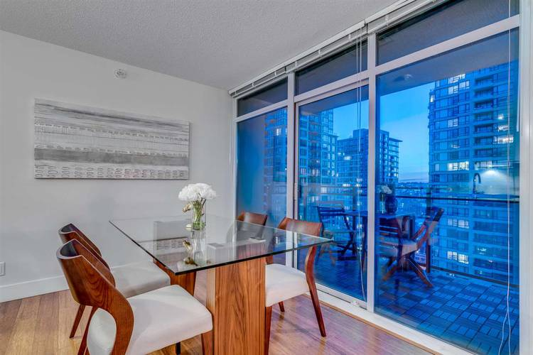 2 Bedrooms Apartment for Rent in The Beasley, 888 Homer Street, Vancouver, BC - 9