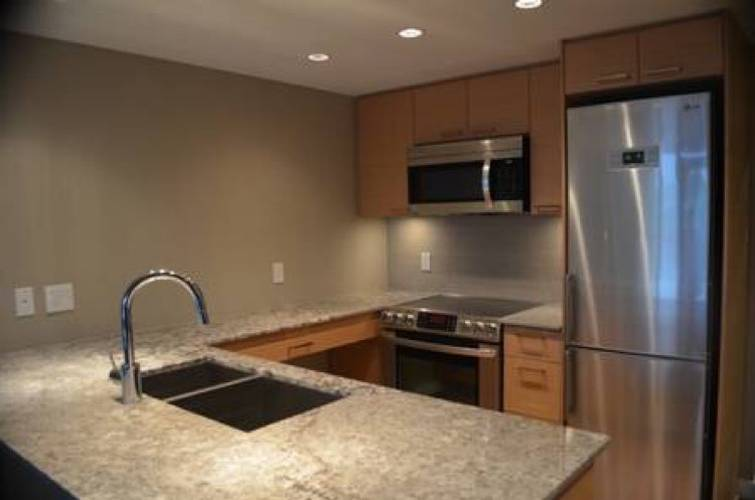 1 Bedroom Apartment for Rent in Local On Lonsdale, 135 17th Street W, North Vancouver, BC - 1