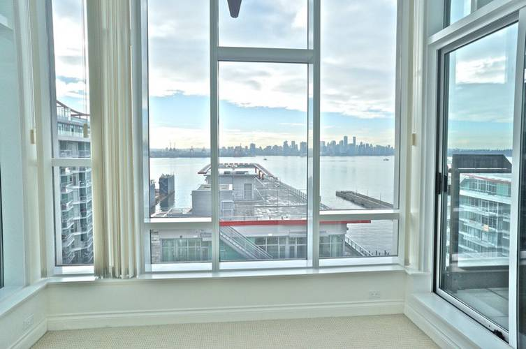 3 Bedrooms Apartment for Rent in Atrium At The Pier, 172 Victory Ship Way, North Vancouver, BC - 3