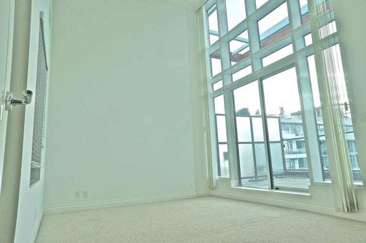 3 Bedrooms Apartment for Rent in Atrium At The Pier, 172 Victory Ship Way, North Vancouver, BC - 5