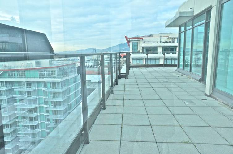 3 Bedrooms Apartment for Rent in Atrium At The Pier, 172 Victory Ship Way, North Vancouver, BC - 6